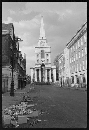 Christchurch, Spitalfields: 1974