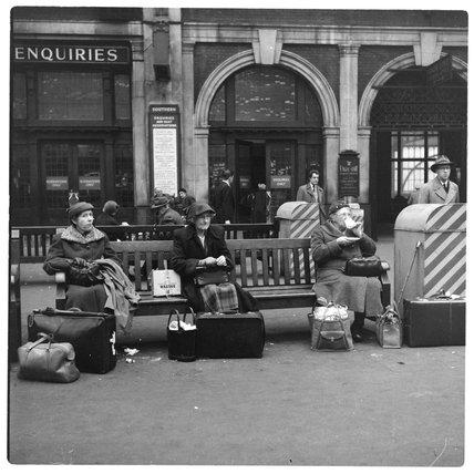 Ladies on Victoria Station; c.1958