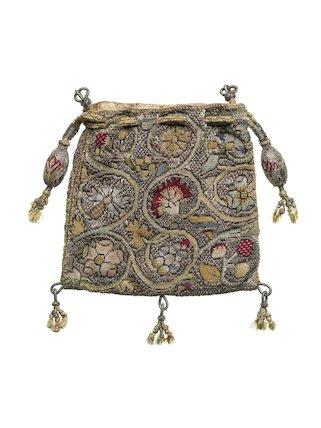 Flat square purse of linen canvas; 1600 - 1650