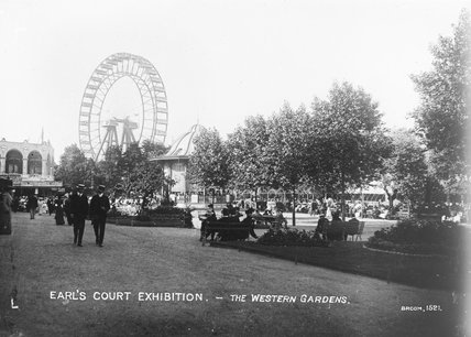 Visitors to the Western Gardens at the Earls Court Exhibition, c