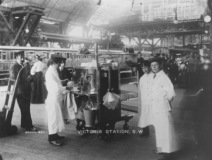Lyons coffee stall at Victoria Station, c. 1905