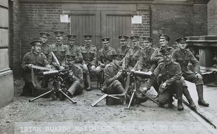 Captain Greer of the 1st Irish Guards and his machine gun team; c. 1916