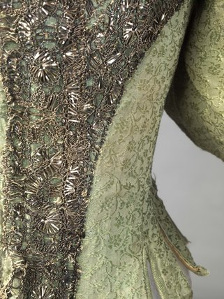 A woman's bodice made from green silk; c 1660