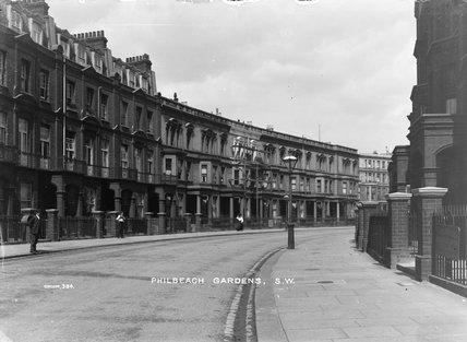 The residences of Philbeach Gardens; 1903-1910