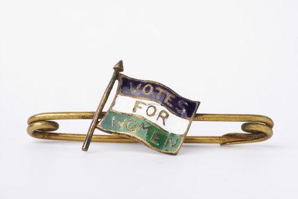 Suffragette bar brooch;