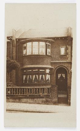 Front view of 10 Wyatt Park Road; C.1913