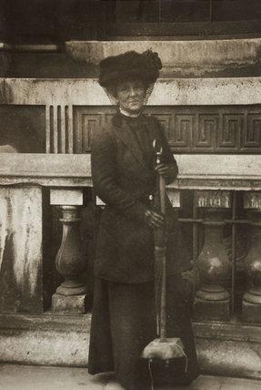 Suffragette Marion Wallace Dunlop: C1909