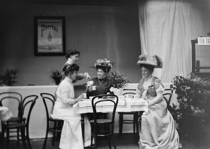 The Refreshment department of the Women's Exhibition:1909