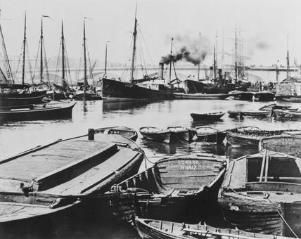 Upper Pool of the Thames c.1900