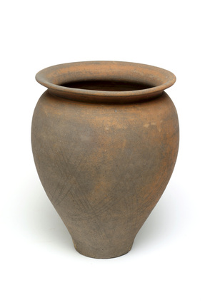 Roman everted-rim jar: c.200