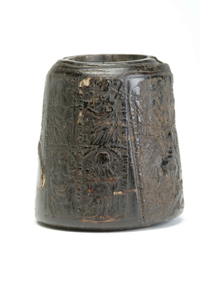 Black inkwell  made from horn:16th century