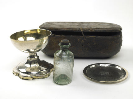Portable communion set: 16th century