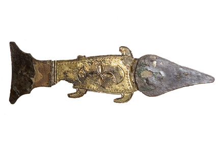 Bronze shield mount in the shape of a fish: 6th-7th century