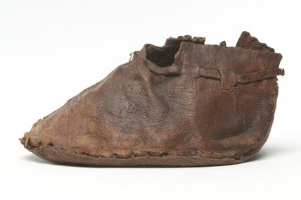 Child's leather shoe: 15th century