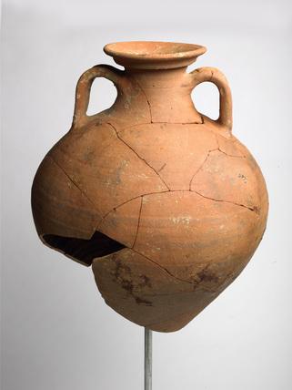 Gauloise Amphora: Roman