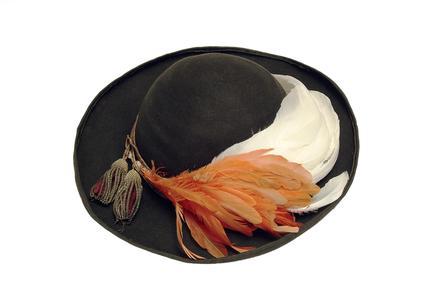 Queen Victoria military hat: 19th century