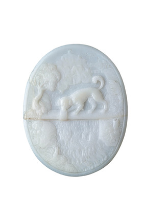 Cameo carved with the fable of the dog and the reflection: 16th-17th century