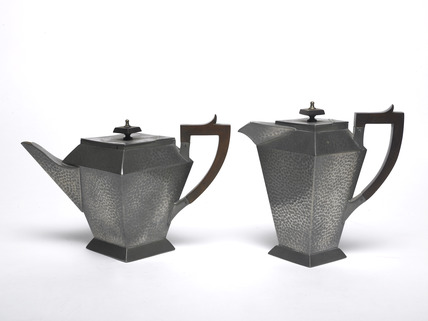 Art Deco style pewter teapot and hot water jug: 20th century