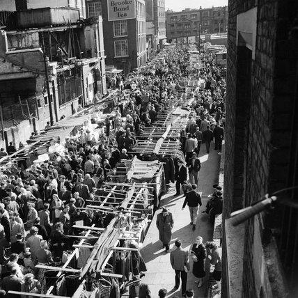 Petticoat Lane street market:1960