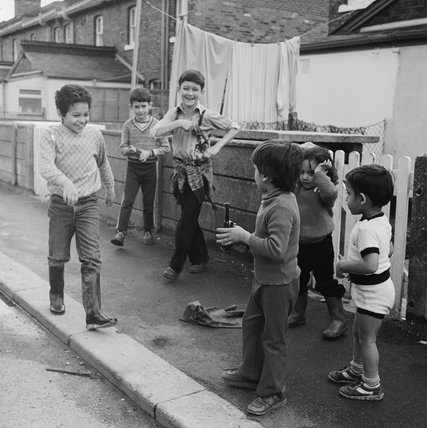Children play on the street at Cricklewood: 1982