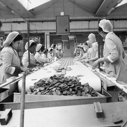 United Biscuits Ltd factory at Isleworth: 1972