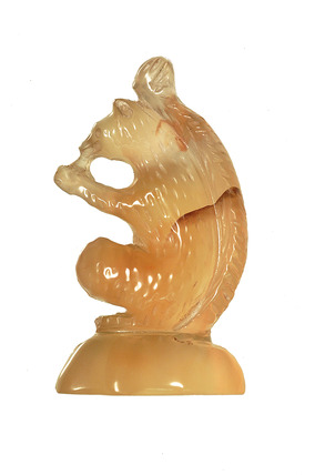 Pendant carved in the form of a seated squirrel: 16th-17th century