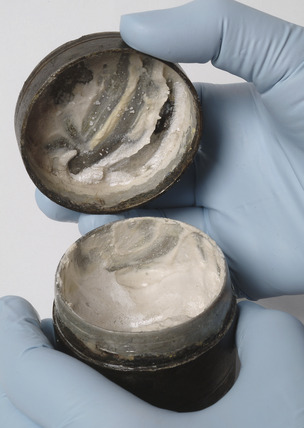 Roman container with foundation cream
