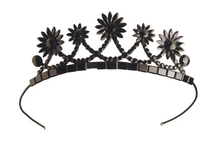 Child's glass tiara: 19th century