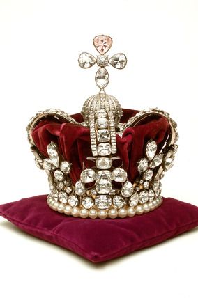 Crown frame worn by Mary of Modena at her Coronation in 1685