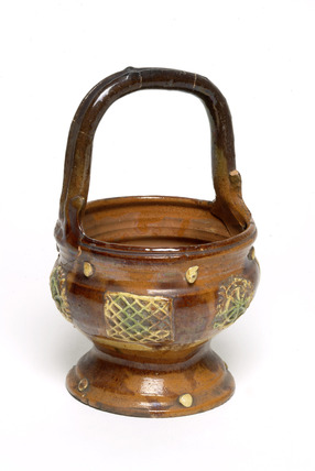 Slipware pottery vase: 19th century