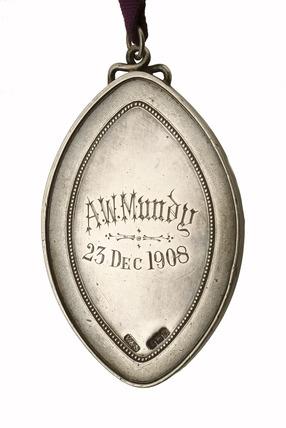 SPCK silver medallion: 1908