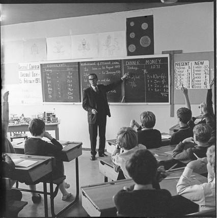 Decimalisation lesson at Courtland Junior School: 1968