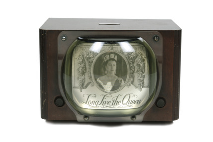 Television set in wooden case: 1949