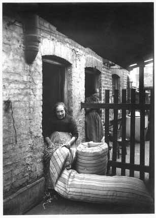 Mrs Robinson Stuffing Mattresses: c.1900