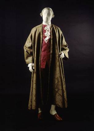 Banyan of brown woollen damask, front view: 18th century
