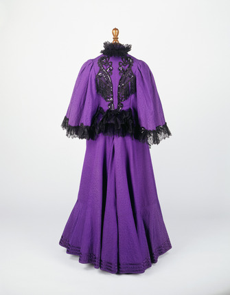 Day dress ensemble: 19th century