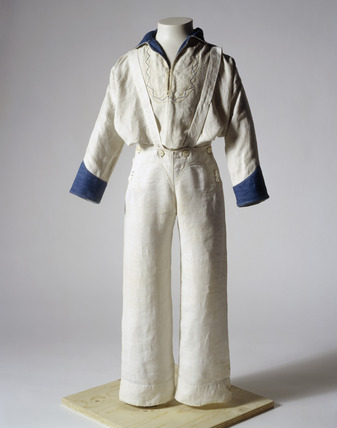 Sailor suit: 19th century