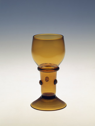 Roemer in Dark Amber glass: 19th century