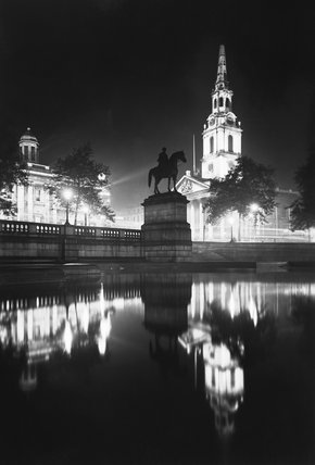 Trafalgar Square and St. Martin-in-the-Fields: 20th century