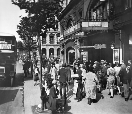 Holborn Underground Station: 20th century
