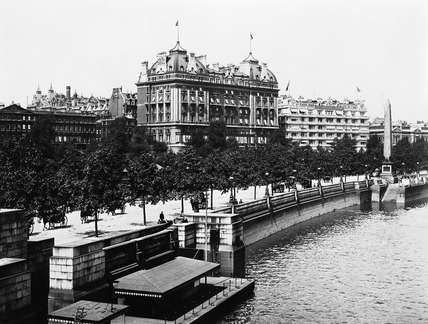 Hotel Cecil and Savoy Hotel: 1903