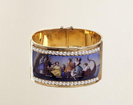 Gold band bracelet: 19th century