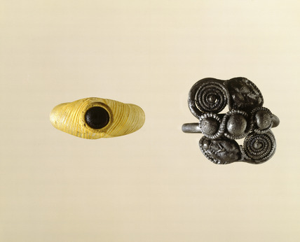 Two Roman finger rings