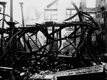 Bomb damage at Salisbury Square: 20th century