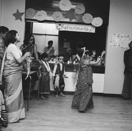 Bengali dancing, Barnet: 1975