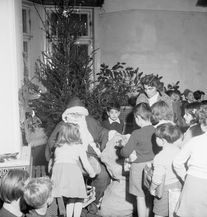 Children with Santa at Windrush Primary School: 1955