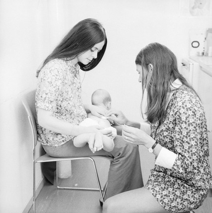 Mothercraft session at Gospel Oak Family Health Clinic: 1971-1972