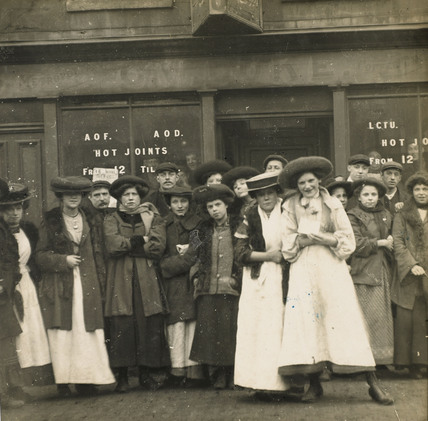 Factory Girls: c.1900