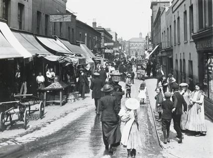An East End market: c.1900