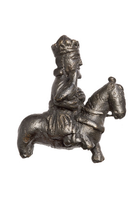 King hawking figurine: 15th century